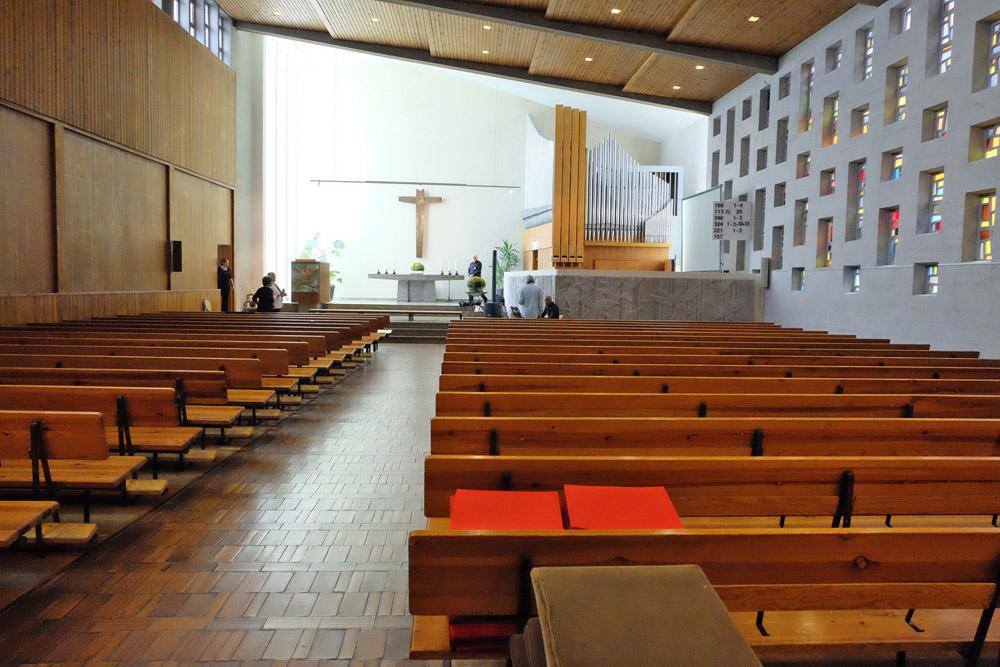 Stephanus Kirche Stuttgart-Giebel